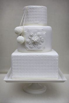 Winter Wedding Cakes!