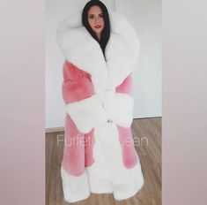 The most beautiful fur I have ever seen😍 Can't thank you enough Dariusz 😘😘 Fur Fashion, Winter Fashion, Womens Fashion, Videos Instagram, Fur Stole, Fox Fur, Mantel, Winter Outfits, Fur Coats