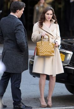 Leighton Meester. Girl Fashion Style 507f5ce2c03f3
