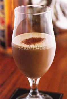 Hideg ír kávé | Receptek | gasztroABC Minden, Whisky, Alcoholic Drinks, Foods, Tableware, Glass, Whiskey, Food Food, Alcoholic Beverages