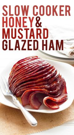 Slow Cooker Ham with Honey-Mustard Glaze Slow Cooker Honey-Glazed Ham: think cooking a delicious, moist, and tender ham has to be a difficult task? Not so with this slow cooker ham recipe. Slow Cooker Ham Recipes, Pork Recipes, Crockpot Recipes, Cooking Recipes, Slow Cooking, Ham In Slow Cooker, Slow Cooker Gammon, Cooking Games, Barbecue