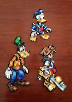 Disney Inspired Kingdom Hearts 8 Bit Character Set via eb.perler. Click on the image to see more!