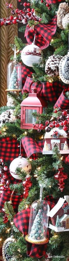 HOLLY'S CHRISTMAS OPEN HOUSE by etta
