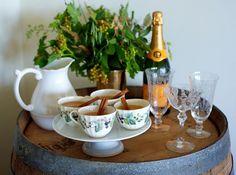 Stress-Less Holiday Entertaining: Set Up a Thanksgiving Buffet : Decorating : HGTV