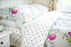 Cheerful Joules bedding | BUNTY Fluffy Pillows, Bed Pillows, Pin Interest, Rest And Relaxation, Moving House, Bed Styling, Joules, Room Set, Cosy
