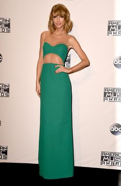 Taylor Swift in Michael Kors at the American Music Awards 2014