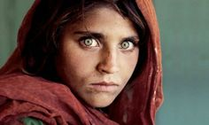 Wereldberoemd 'meisje met de groene ogen' gearresteerd in Pakistan | Pakistan | De Morgen