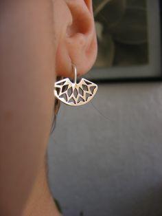 Silver Mandala Earring Handmade Jewelry. Pendientes de Plata hechos a Mano de AfaJewelry en Etsy