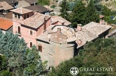 Castles and Villages for sale - Umbria - Price on application  Umbria | Perugia | Deruta Code 2309 (CSGE001358)  Prestigious residence with wonderful castle and a completely restored historical country house of great historical/artistic value. It is an ancient manor that dates back to the dark ages that was redone during the renaissance and the neo-gothic period and that has nowadays been adapted to the modern comforts.