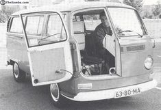 Whoa! Somebody liked the idea of BMW Isetta-style front entry. What would you call it? Busetta? Isettabus? Kombetta?