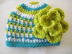 Crochet Hat Pattern with Flower Crochet di CrochetBabyBoutique