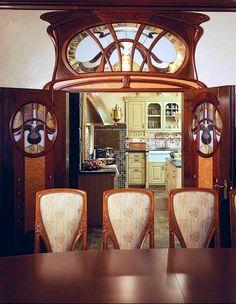Art Nouveau kitchen entrance