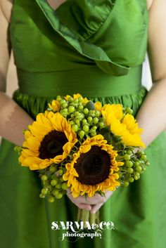 gorgeous #green #bridesmaid dress paired with #yellow