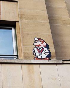 """Les films du Chat Roux (@lesfilmsduchatroux) sur Instagram: """"Street art Paris. Mario.Space Invader."""""""
