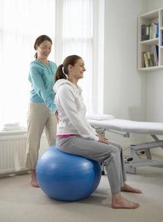 Bouncing while you work swapping your desk chair for a - Replacing office chair with exercise ball ...