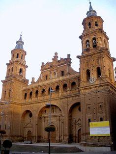 Alfaro - Colegiata de San Miguel 02 - La Rioja (España) - Wikipedia, la enciclopedia libre