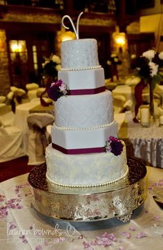 Grey & Purple Wedding Cake -- would have to make the purple more of a lapis, but this is beautiful!