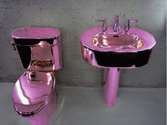 Metallic pink toilet and sink. Purple Love, All Things Purple, Shades Of Purple, Pretty In Pink, Purple Rain, Pink Purple, Lilac, Lavender, Deco Baroque