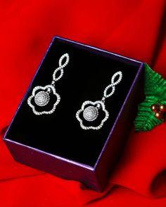 Real Diamond Earrings, Sapphire Earrings, Tarnished Silver, 925 Silver, Sterling Silver Earrings, Silver Jewelry, I Love Jewelry, Flower Shape, Selling Jewelry