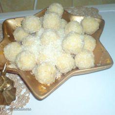 Reteta Bomboane cu Lapte Praf si Nuca de Cocos Ethnic Recipes, Sweets, Pain Au Chocolat, Eating Clean