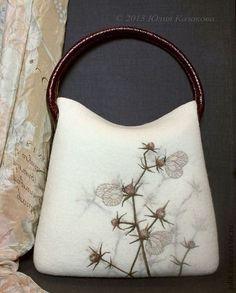 Войлочная сумка - белый,цветочный,бабочки,травы,шерсть,войлок,Валяние