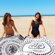 Black and white, round beach towels, summer vibes