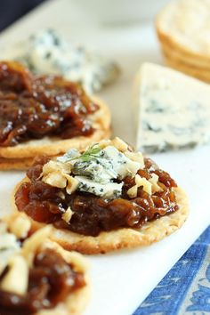 Sweet Onion Marmalade perfectly perched on a Breton Gluten-Free White Bean Cracker.  Gluten-Free snacking at its finest! #bretonglutenfree #clevergirls