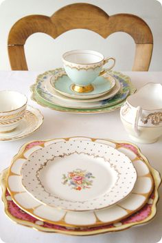 Add Vintage provide vintage crockery hire across Yorkshire, Lancashire and more from our Leeds base for your wedding or other vintage event. vintage hire