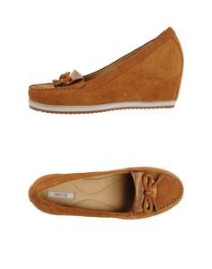 Moccasins Geox Women on YOOX. The best online selection of Moccasins Geox.COM  exclusive items of Italian and international designers - Secure payments 409fb46a754