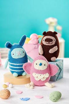 Cute and cuddly characters pattern by Irene Strange