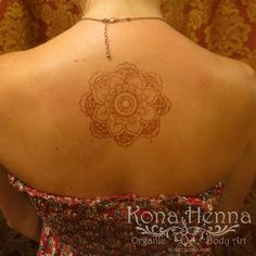 Kona Henna - The Henna Professionals. Professional Quality Henna Tattoo Kits and Supplies. Visit our Kona Henna Studio in Hawaii or hire us for your ev. Henna Mandala, Henna Mehndi, Mandala Tattoo, Henna Tattoo Kit, Tattoo Kits, Back Henna, Henna Body Art, Natural Henna, Henna Artist