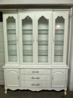 1970s dining room hutch | This Thomasville China Cabinet & Hutch ...