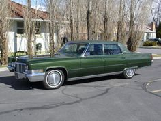 You can find 2122 used and new Cadillac Fleetwood cars for sale here. Any super charged, turbo, diesel autos, as well as Cadillac Fleetwood auto parts. Sell Used Car, Used Cars, Classic Motors, Classic Cars, Ford Company, Cadillac Fleetwood, Vintage Cars, Vintage Auto, Gto