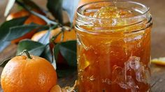 A twist on the usual, this tangerine marmalade recipe is less bitter than standard marmalade. You might even call it tangerine jam. Without the bitter peels, this becomes a much smoother spread. Healthy Eating Tips, Healthy Nutrition, Methods Of Food Preservation, Ginger Jam, Chutney, Avocado Breakfast, Fruit Preserves, Mushroom Gravy, Diet