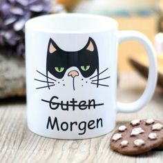 Witzige Geschenkidee: Kaffeetasse mit grummeliger Katze, guten Morgen / funny gift idea for christmas: coffee mug with grumpy cat made by Wandtattoo-Loft via DaWanda.com
