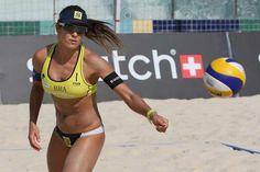 Maria Elisa, do vôlei de praia, é pega no doping por uso de diurético