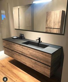 Swipe left to see more ⬅️ What is your thought about this bathroom design? - It's Saturday and we're back with nordic bathroom inspiration… Bathroom Layout, Modern Bathroom Design, Bathroom Interior Design, Modern Interior Design, Small Bathroom, Bathroom Ideas, Bathroom Vanity Designs, Boho Bathroom, Bathroom Sinks