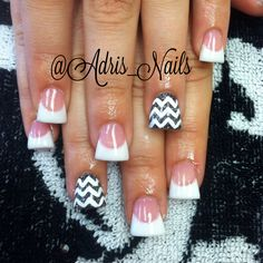 Flared acrylic nails with chevron! #inm