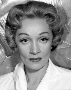 Marlene Dietrich - 1957