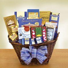 Gorgeous Gourmet Kosher Snacks Gift Basket #GourmetFood #KosherGiftBasket #MishloachManot