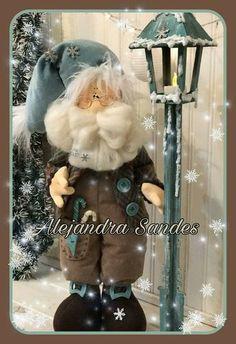 Jesi Cano's media statistics and analytics Christmas Elf Doll, Christmas Sewing, Felt Christmas, Handmade Christmas, Christmas Crafts, Christmas Decorations, Xmas, Globe Ornament, Sewing Dolls