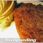 A recipe for traditional South African asynpoeding (vinegar pudding) - a self-saucing baked pudding where the sweetness is balanced out by a hint of vinegar South African Desserts, South African Recipes, Ethnic Recipes, Pudding Desserts, Pudding Recipes, Banana Cream Cheesecake, Self Saucing Pudding, English Food, Great Desserts