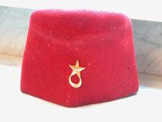 Cies Saharariennes chéchia rouge attribut croissant et étoile doré | eBay