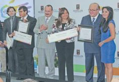 Reconoce a destacados jóvenes en Morelos | Diario de Morelos (shared via SlingPic)