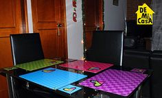 individuales y portavasos :D Arte Country, Ping Pong Table, Poker Table, Pop Art, Sweet Home, Table Settings, Cool Stuff, Safari, Handmade