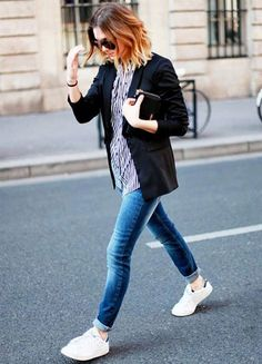 look street style tenis adidas branco calca jeans
