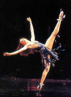 bob fosse choreography Ann Reinking in Sing! from Bob Fosses Dancin Jazz Dance, Dance Art, Ballet Dance, Bob Fosse, Shall We Dance, Lets Dance, Alvin Ailey, Royal Ballet, Dark Fantasy Art