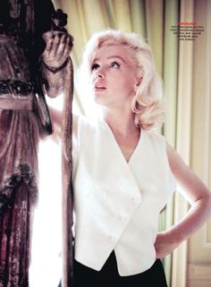 Marilyn ... one of the prettiest photos of her I've seen.