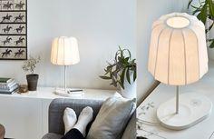 Recharger sans efforts… Lampe de bureau VARV avec station de charge #IKEAwirelesscharging