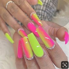 Want to know how to do gel nails at home? Learn the fundamentals with our DIY tutorial that will guide you step by step to professional salon quality nails. Neon Acrylic Nails, Neon Nails, Swag Nails, Bright Nails Neon, Clear Acrylic, Summer Nails Neon, Neon Nail Art, Grunge Nails, Spring Nails